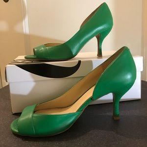 """Green Nine West 2"""" heels!!"""